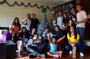 INESAD's Christmas group photo, December 2017.