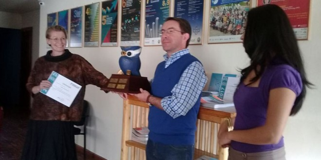 Boris winning the INESAD Owl Trophy for the most read blog of 2017.